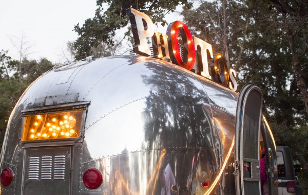 tmp_20335-optimized_airstream-photo-booth-bambi-51554984745